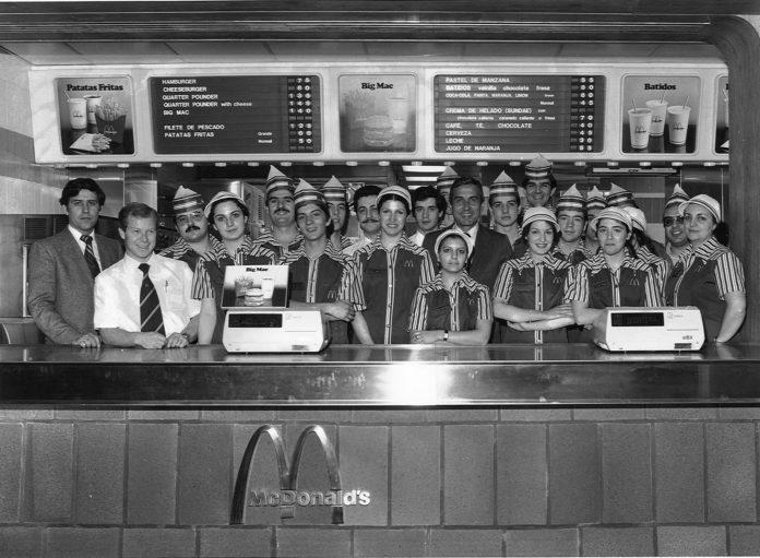 Primera Plantilla McDonalds en Gran Via